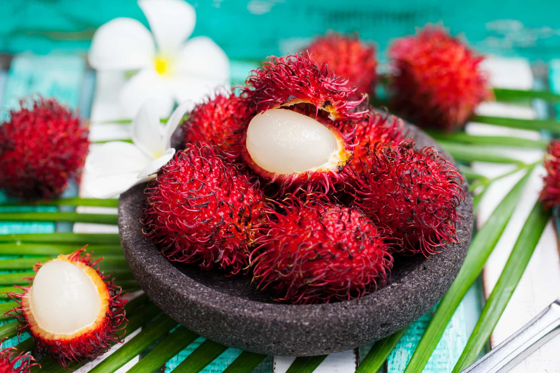 Top 12 Tropical Fruits to Eat When in Thailand