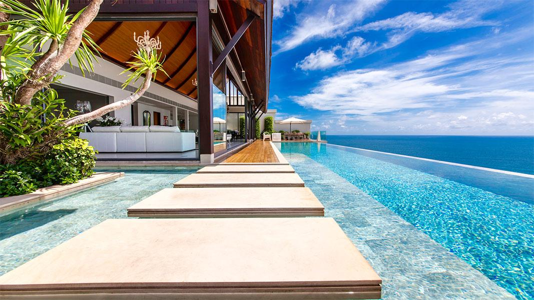swimming pool at Villa Paradiso Phuket